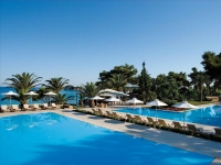Sani Beach Club & Spa 5*